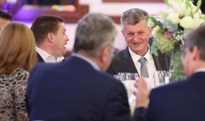 'PA NAŠ MINISTAR UOPĆE NE ZNA KOLIKE SU NAM PLAĆE' Izjava Kujundžića izazvala žestoke reakcije među liječnicima
