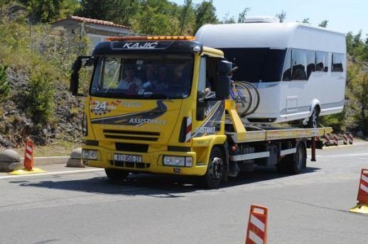 Skupa bura: Smjene i kazne za operativce koji su na Krčkom mostu dozvolili prijevoz kampera