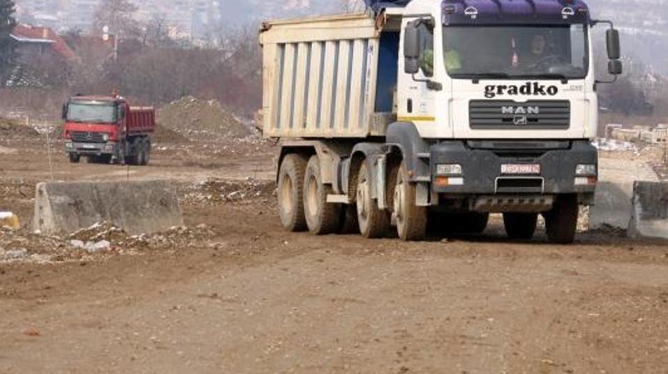 Odbili uvođenje trošarina: Gradnja autoceste dovedena u pitanje
