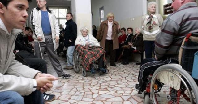 ZDRAVSTVO PRED KOLAPSOM Poskupjet će dopunsko, pacijenti čekaju sve duže, a liječnici bježe