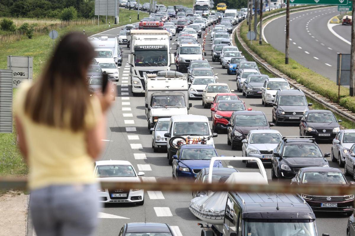 Promet na autocestama raste iz tjedana u tjedan