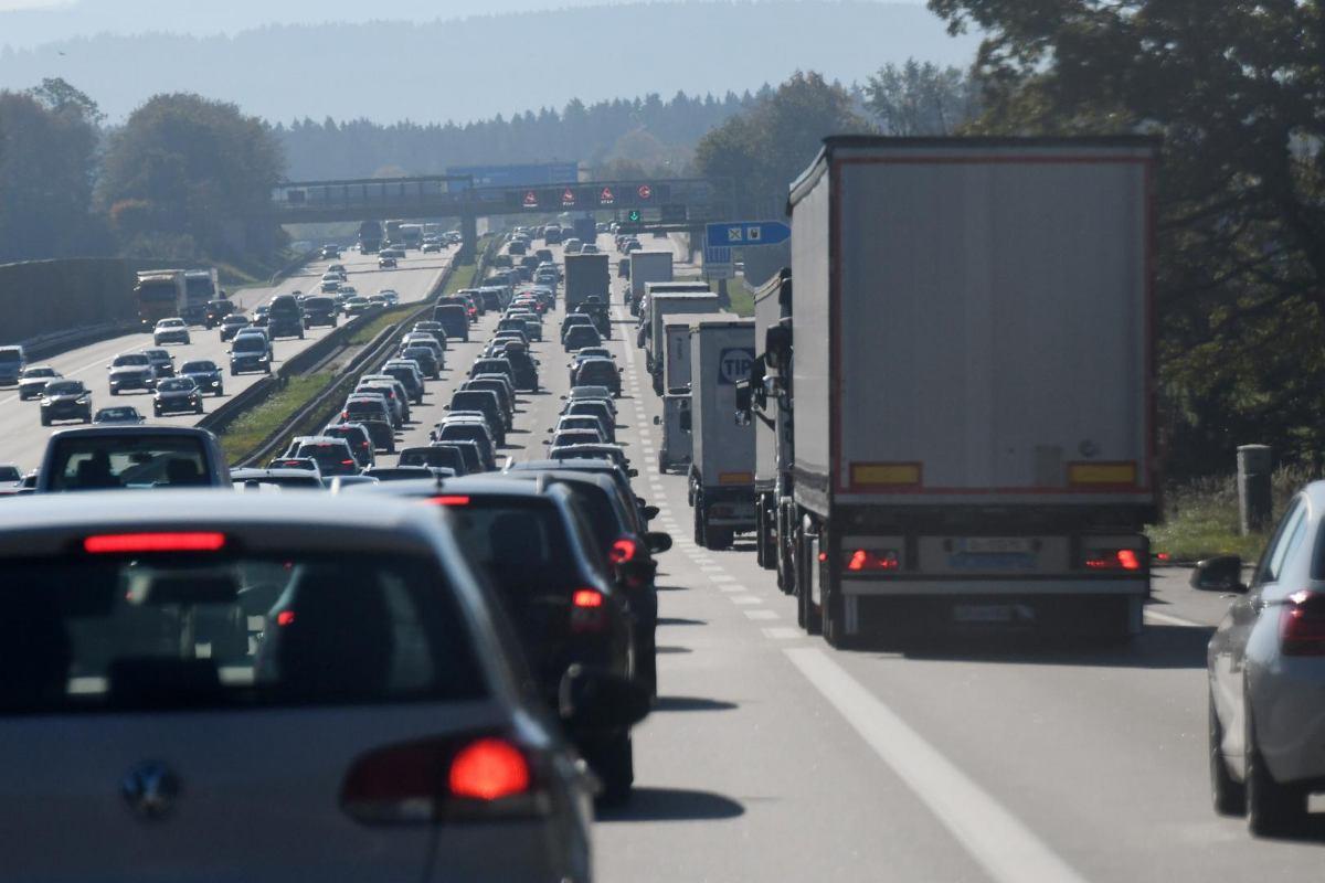 Države EU će umjesto vinjeta morati uvesti naplatu prema prijeđenoj udaljenosti