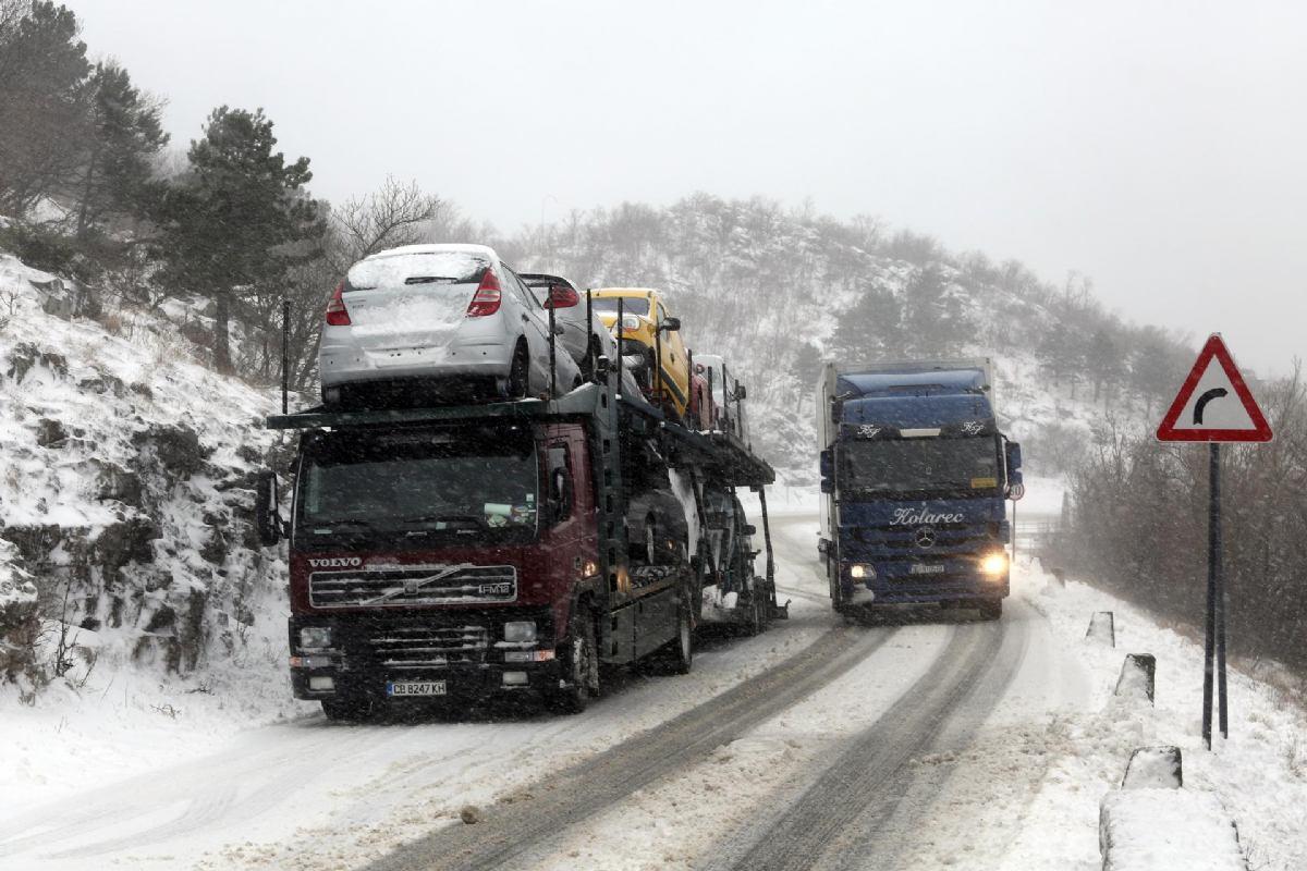 Ogorčeni 'neradom, nepripremljenošću i neadekvatnim postupanjem' zimske službe u Hrvatskoj