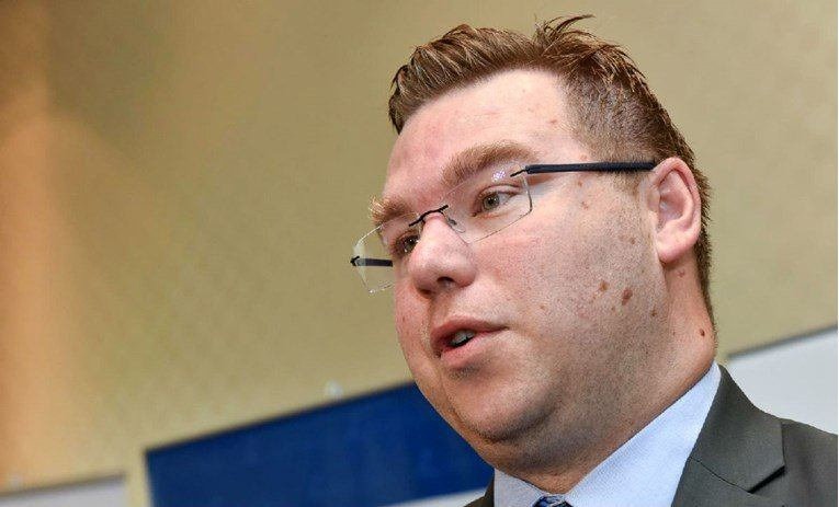 Ministar rada: Iduće godine većina umirovljenika imat će 600 kuna manju mirovinu